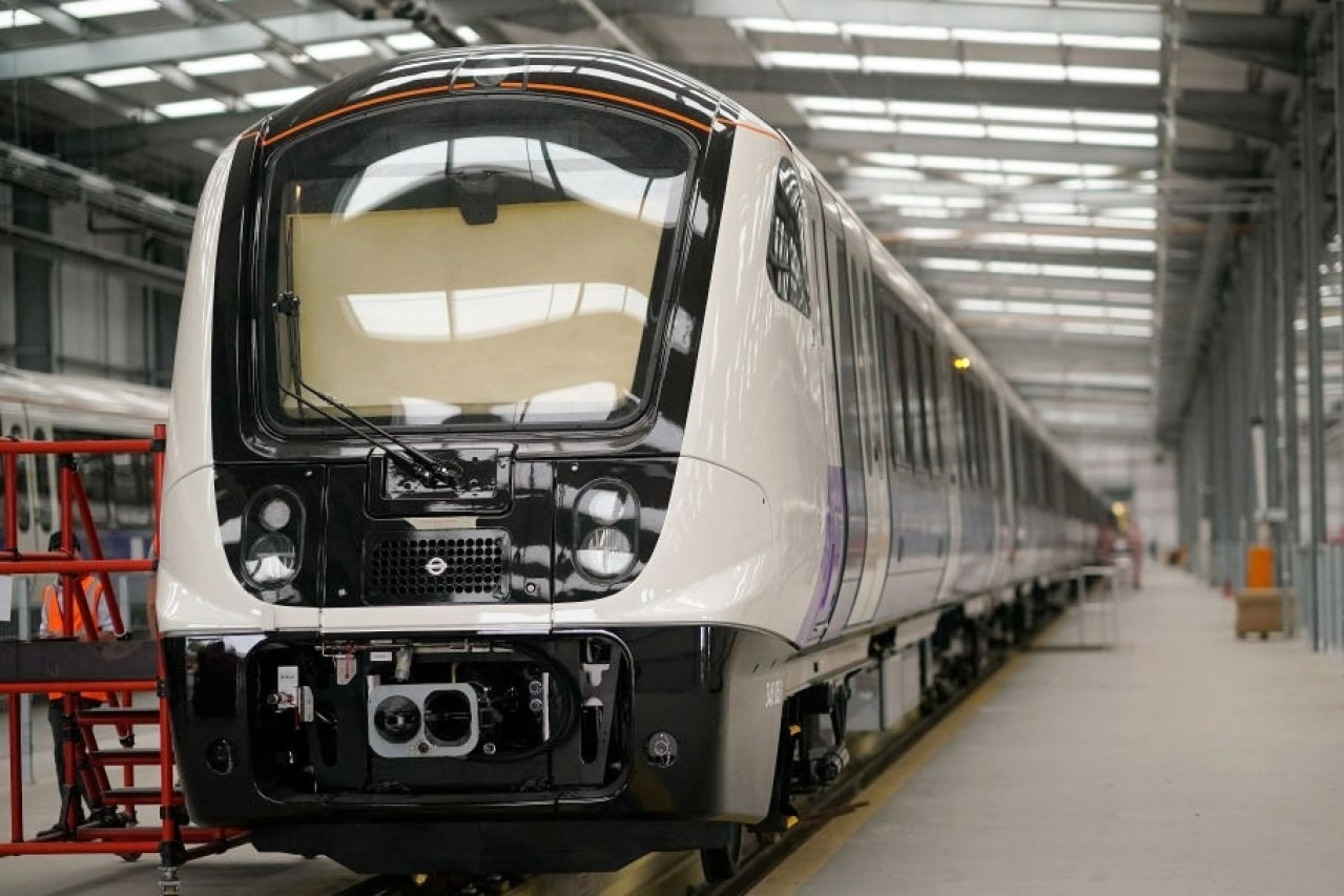 Robots to manufacturer coaches in Rae Bareli - Make in India